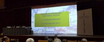 Visita Cooperatives Agro-alimentàries de la Comunitat Valenciana sectorial del aceite.
